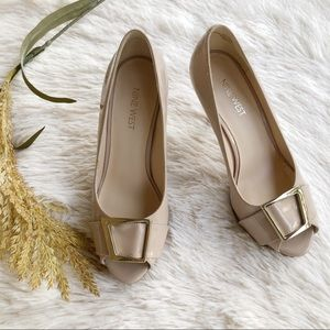Nine West Beige Peep Toe Platform Pump Heels